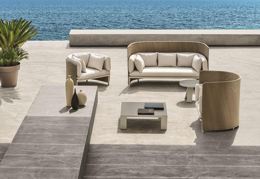 Divano da giardino a 3 posti, un must per confortevoli zone lounge outdoor.